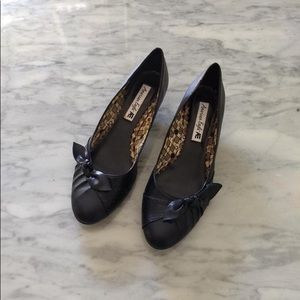 American Eagle: Black Office Shoes w/ 1.5in Heels